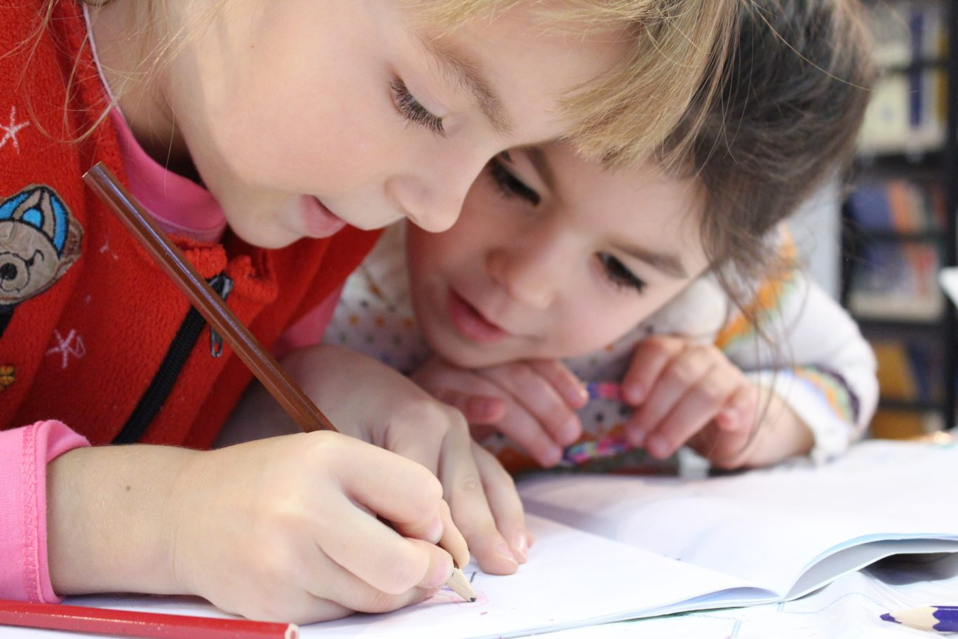 Kids girl pencil drawing 159823